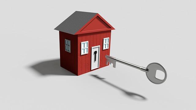 červený domeček, velký klíč