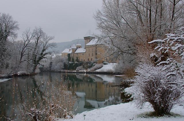 hrad v zimě.jpg